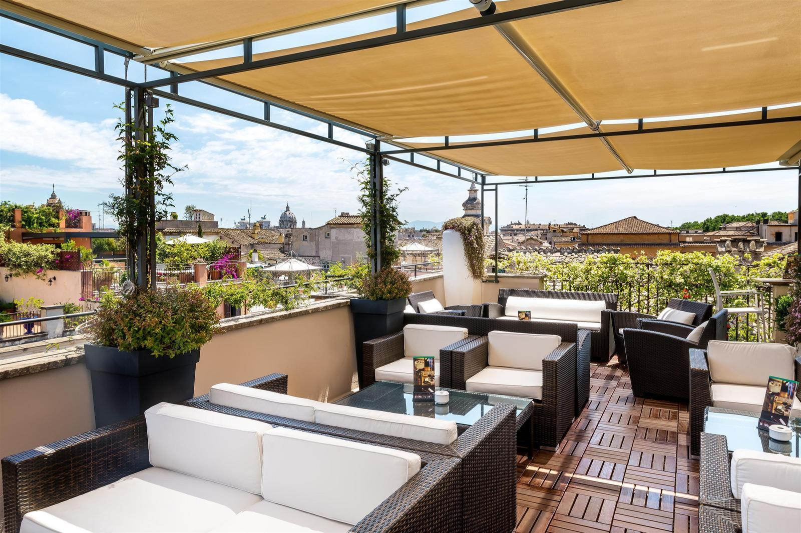 1505899053_ROMSG_-_I_Sofa_Bar_Restaurant_Roof_Terrace_16.jpg